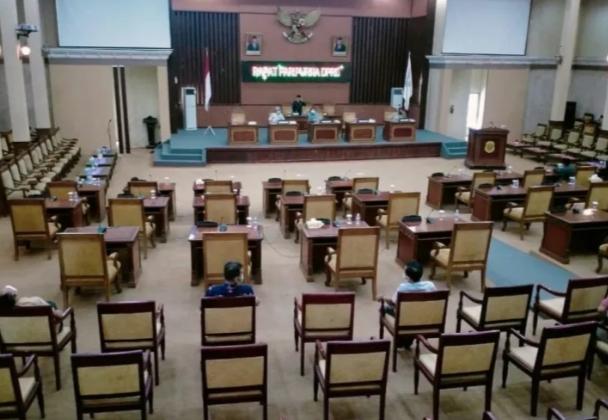 DPRD Tanjabtim gagal melaksanakan sidang paripurna pada Jum'at 6 Agustus 2021.